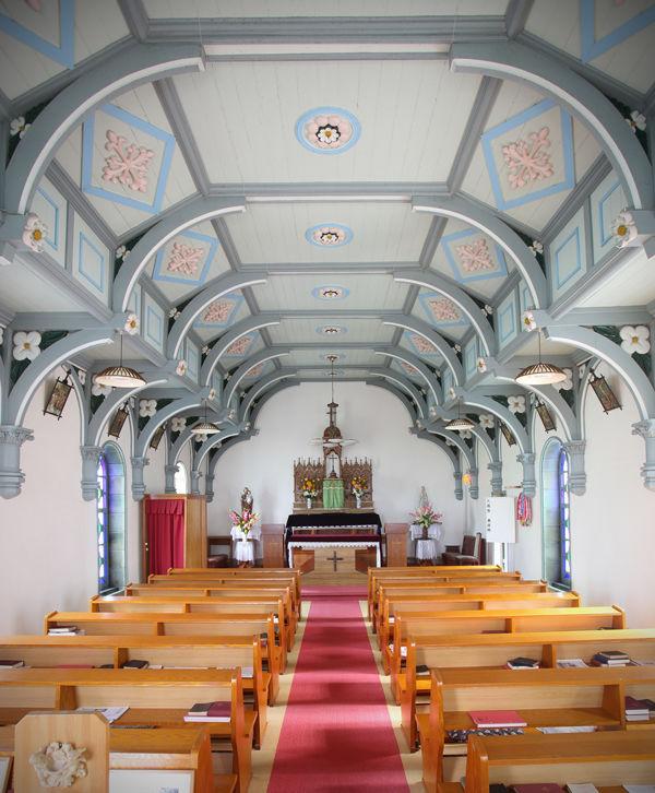頭ヶ島天主堂の堂内