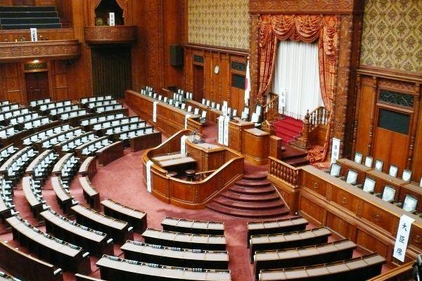 国会議事堂は予約なし&無料で見...